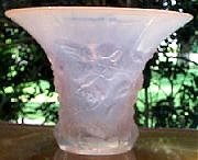 Barolac glass vase in opalescent glass